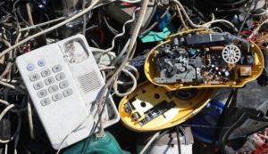На комплексах «РТ-Инвест» теперь отбирают микросхемы и электронные платы от старой бытовой техники