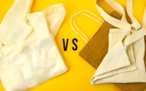 Обычные пакеты из пластика могут быть более экологичными, чем тканевые и бумажные